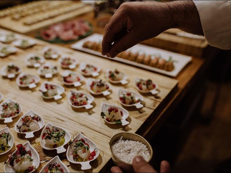 ¿Por qué es tan importante la comida en los Eventos de Romero?