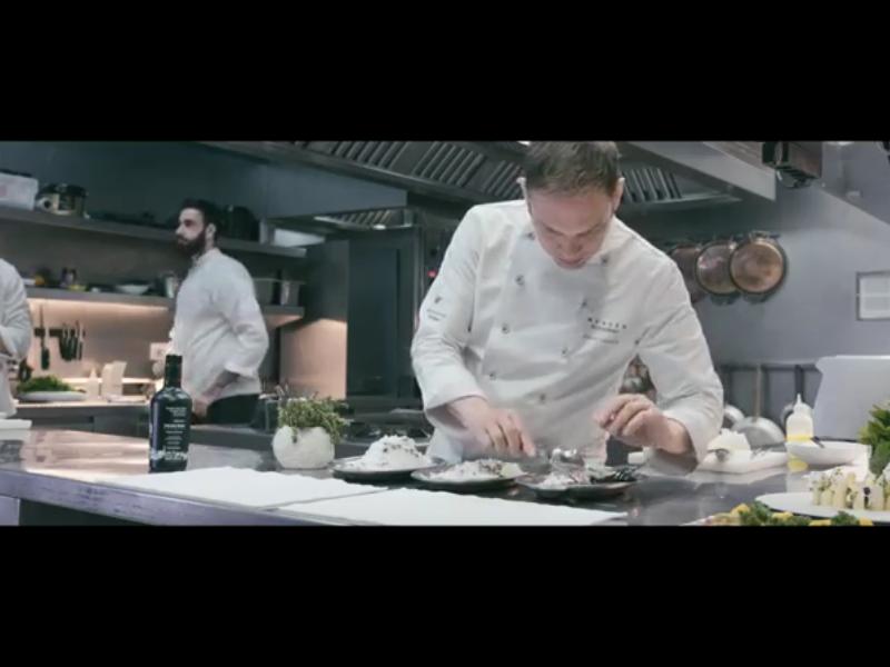 Xavier Lahuerta & Henri Mor: Tubérculos, a la sal con pomada de aceite de oliva virgen extra