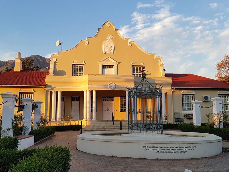 PILAR LATORRE estrena un nuevo destino: Sudafrica, Bostwana y Zinbabwe para este junio de 2019