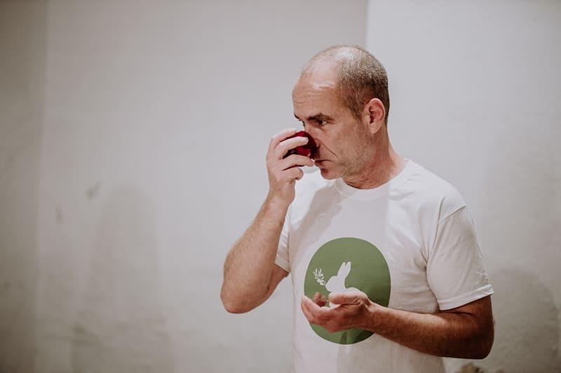 El catador de AOVE: un experto que nos introduce en parte de nuestra gastronomía