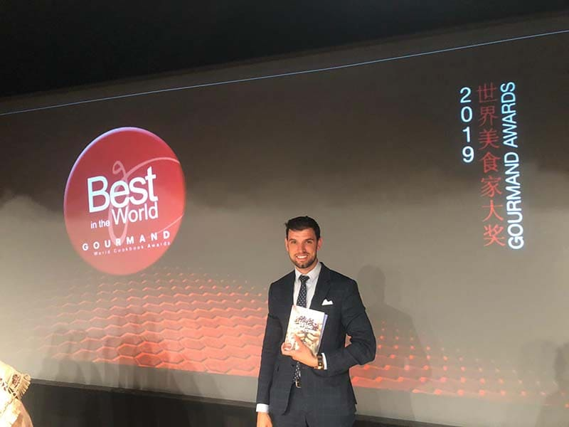 ZOLTAN NAGY queda segundo en el Gourmand Cookbooks Awards 2019 en Macao