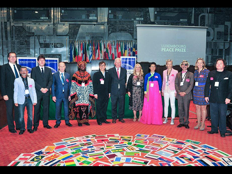 Josep Fèlix Bentz invitado en el World Peace Forum celebrado en Luxemburg