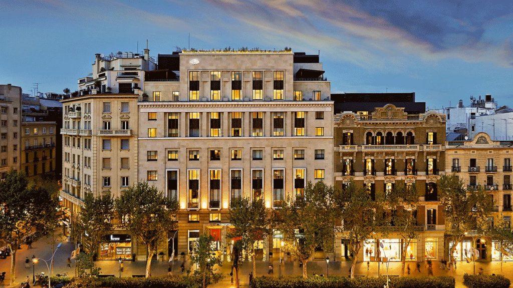 hotels in heaven mandarin oriental barcelona location